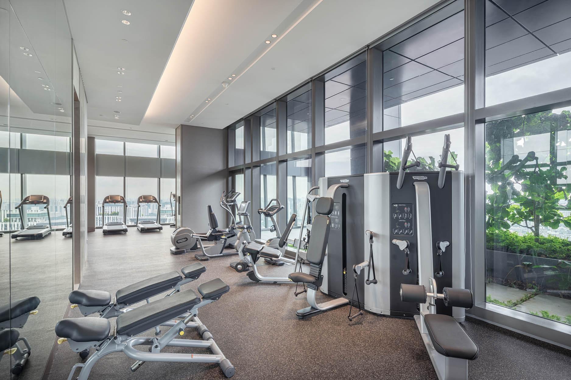 华利世家 wallich residence gym indoor