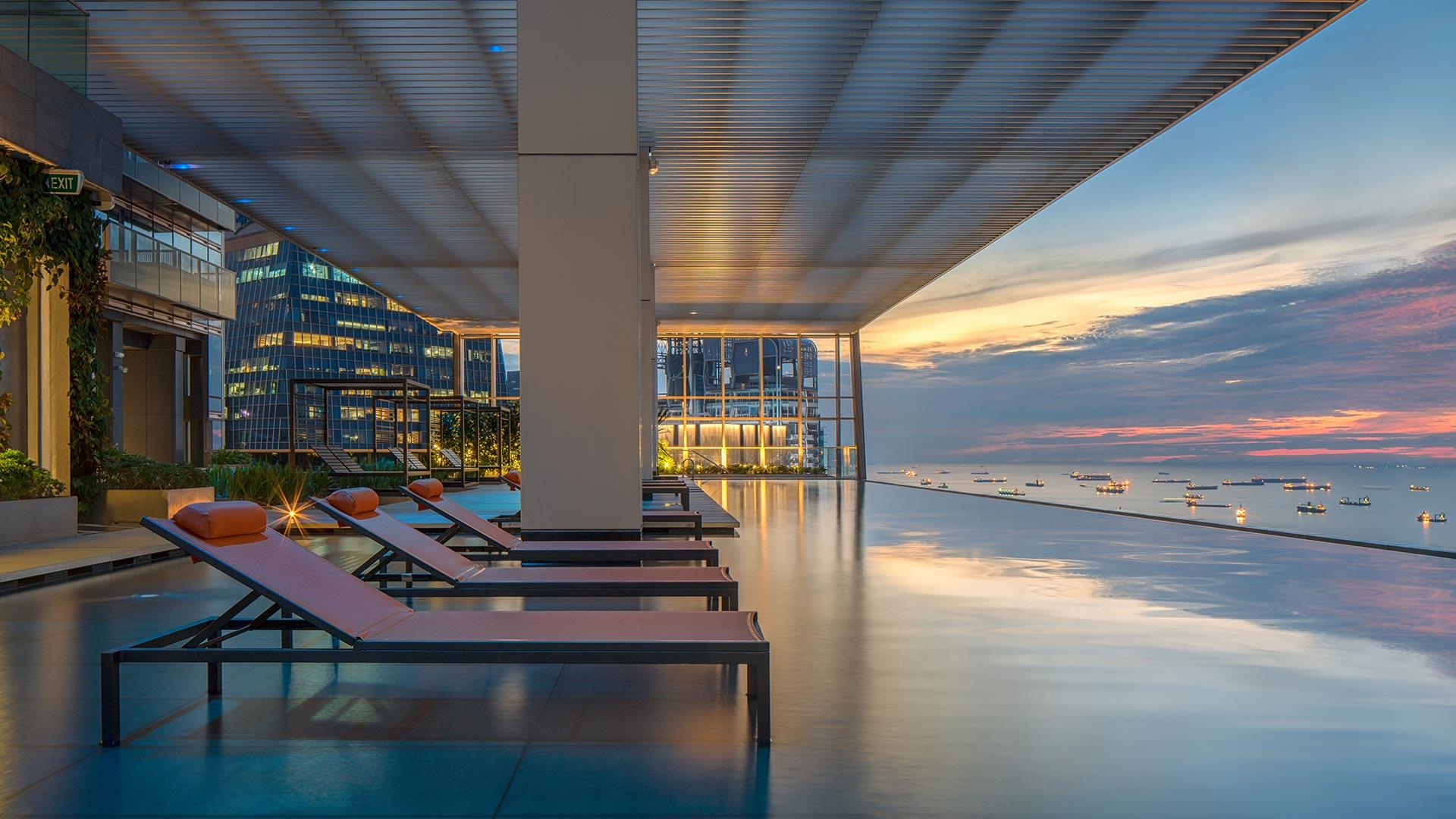 华利世家 wallich residence sky infinity pool